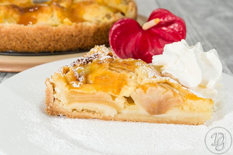 Apfelkuchen mit Vanillecreme Füllung
